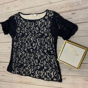 Womens blus lace blouse with white underlay size M